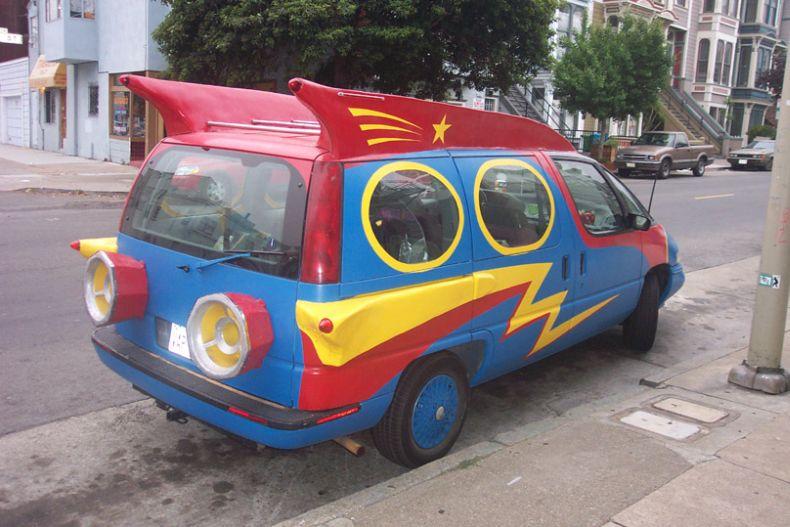 http://de.trinixy.ru/pics/20070214/3/unusual_cars_68.jpg