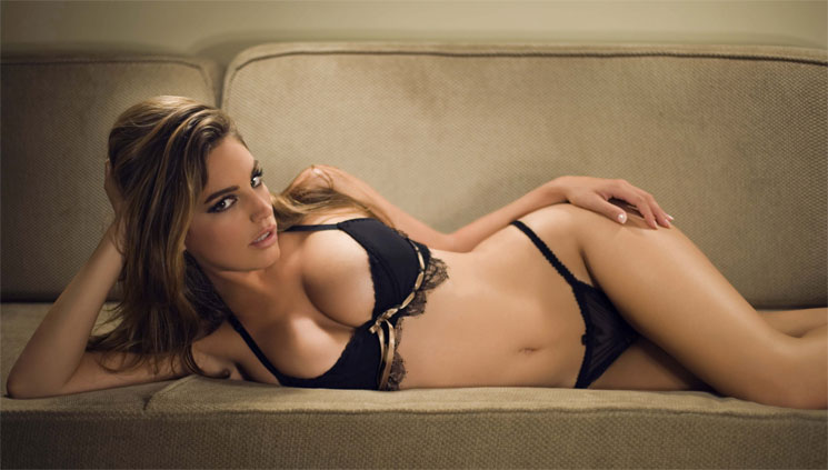Kelly Brook (5 Фото)