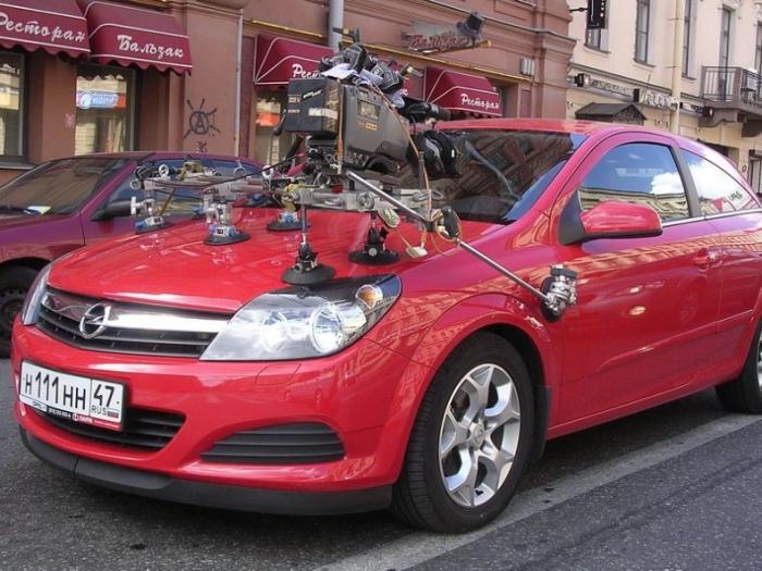 Как снимают автомобили в фильмах (6 фото)
