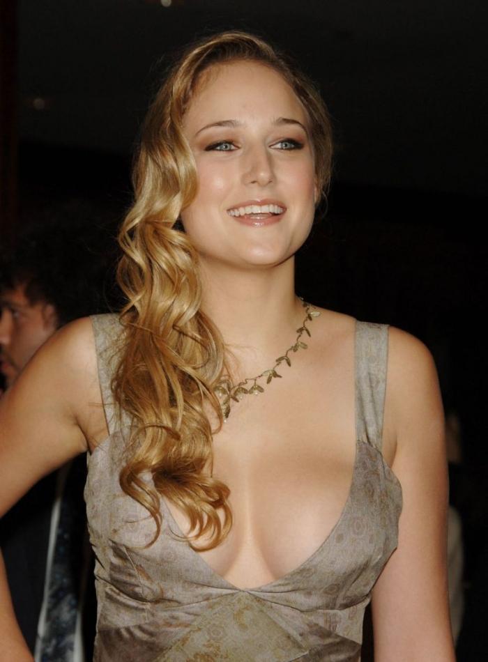 Sexy Leelee Sobieski