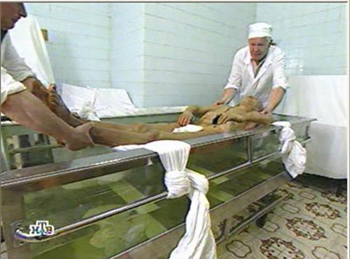 Тело Ленина. Немного жести (11 фотографий)