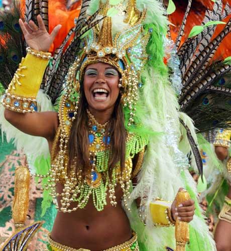 Карнавал в Рио (25 фото) Осторожно! НЮ и Марадона ))
