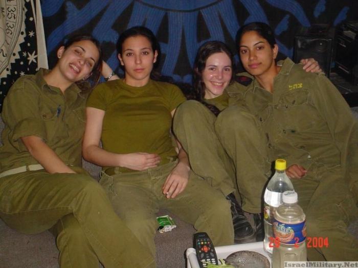 Еще одна подборка девушек из израильской армии (73 фото)
