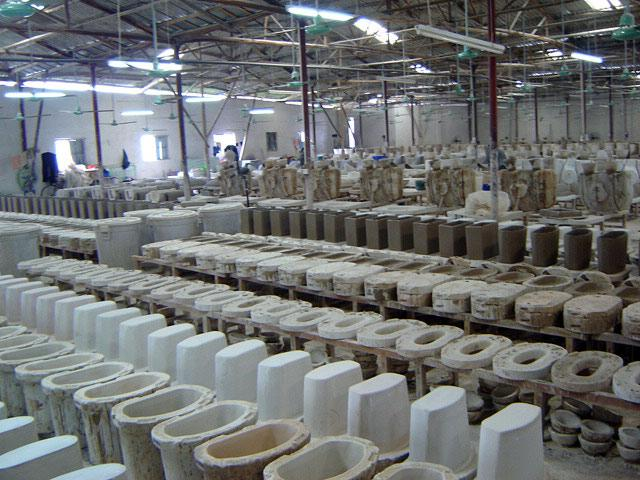 Как в Китае делают унитазы (47 фото)