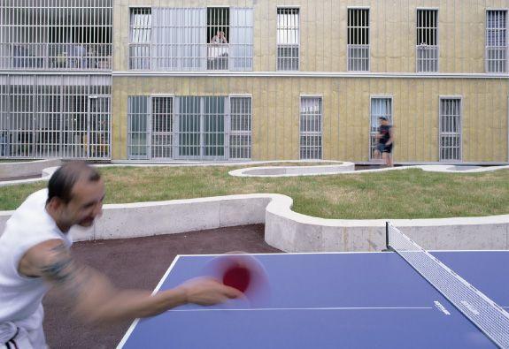 """Австрийская 5-звездочная тюрьма """"Justizzentrum Leoben"""". Как Вам такое? ))"""