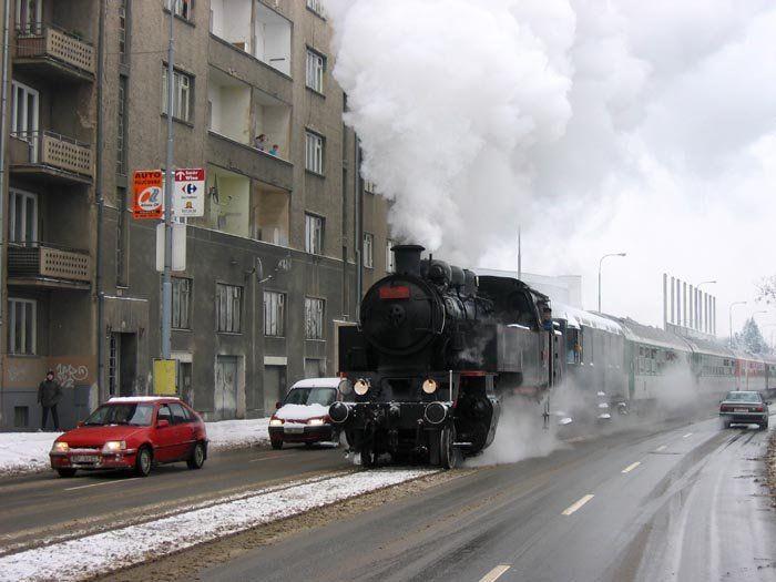 http://trinixy.ru/pics2/20070326/podb/13/poezda_16.jpg