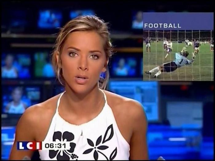 Melissa Theuriau - самая красивая телеведущая Франции. Возражения есть? :) Осторожно 2 НЮ (20 фото)
