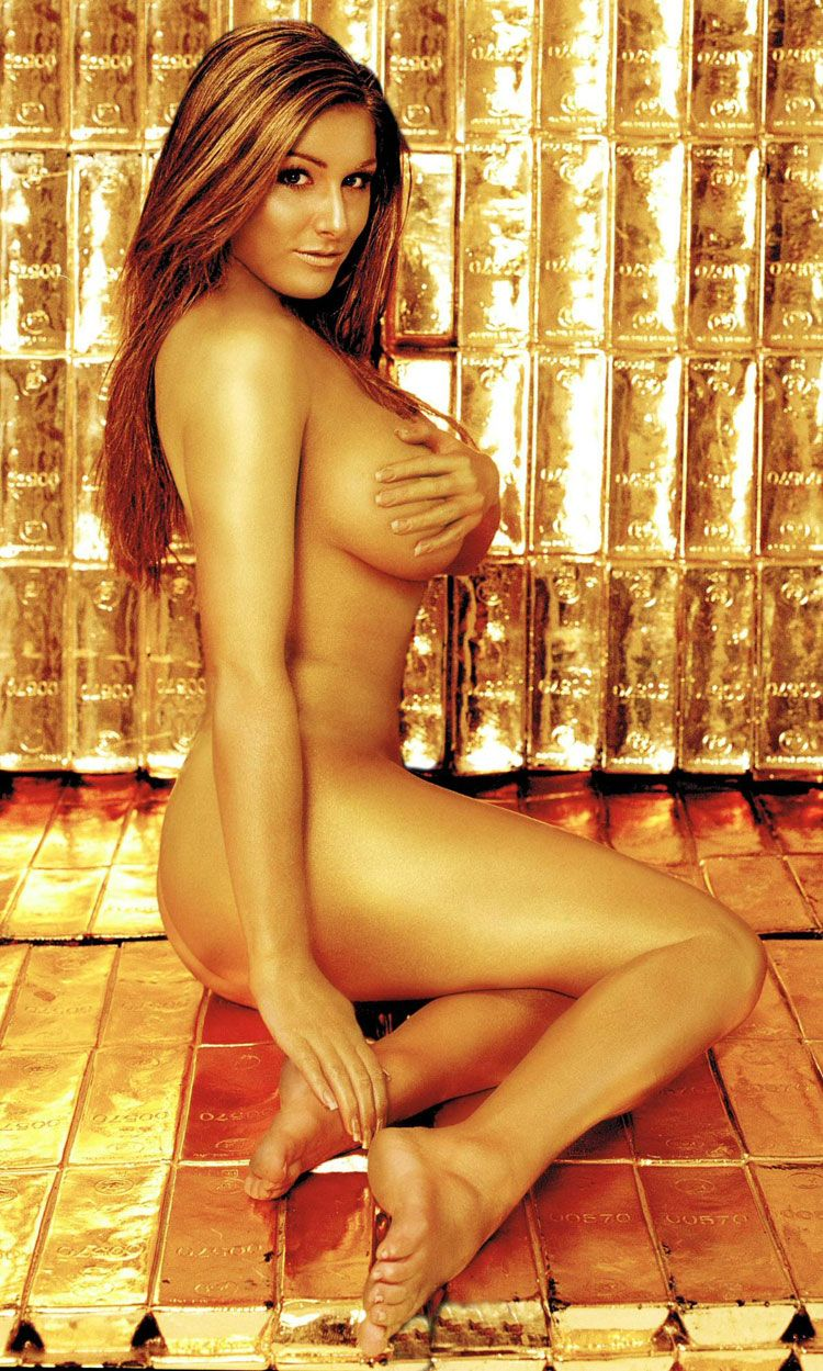Lucy Pinder (12 Фото)