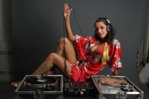 Новое веяние в клубной музыке - проект Sexy DJs