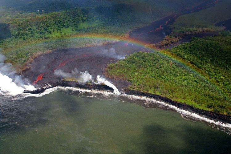 Извержение вулкана (6 Фото)