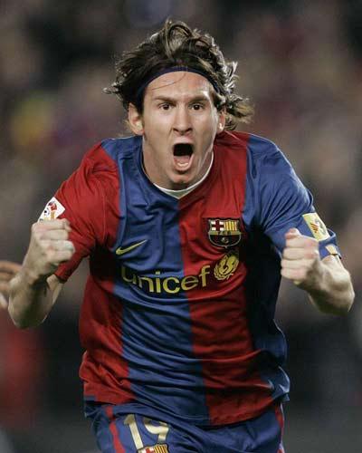 http://de.trinixy.ru/pics2/20070411/football_04.jpg