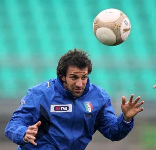 http://de.trinixy.ru/pics2/20070411/football_18.jpg