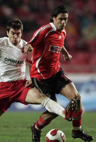 http://de.trinixy.ru/pics2/20070411/football_24.jpg