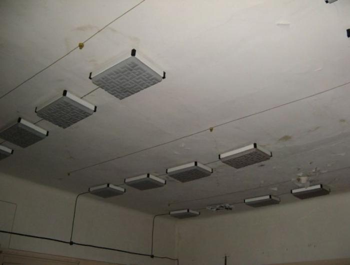 Заброшенная биохимическая лаборатория (92 фото)