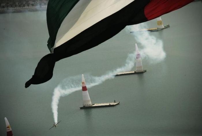 Авиашоу Red Bull в Абу Даби (70 фото)