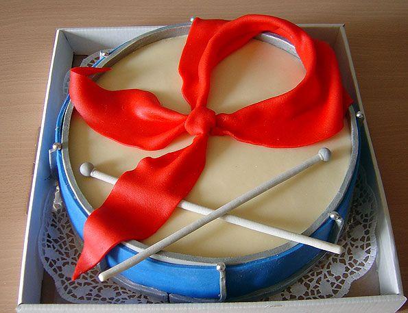 Самые креативные торты (150 фото, разбито на 3 страницы)