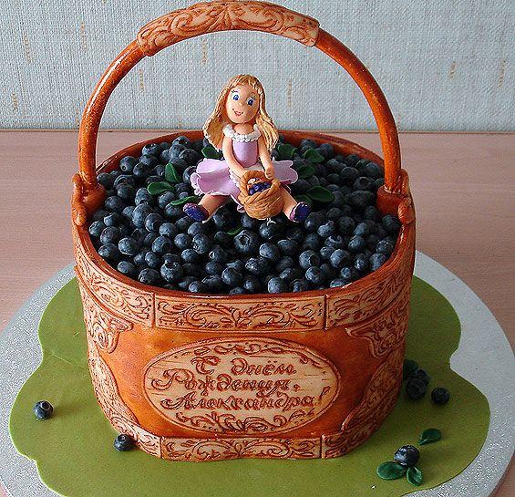 Удивительно красивые фото оригинальных тортиков, просто невозможно остаться равнодушной.