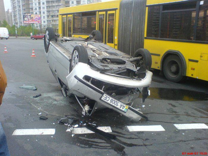 Авария в Киеве (13 фото)