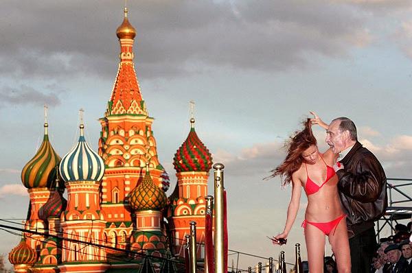 """Классная фотожаба """"В.В. Путин на Красной площади"""" (26 работ)"""