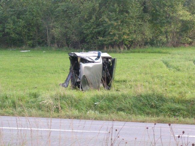 Подборка автомобильных аварий (110 фото)