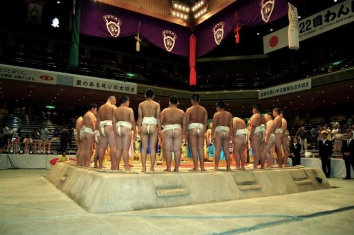 Ужас. Дети-сумоисты (17 фото)