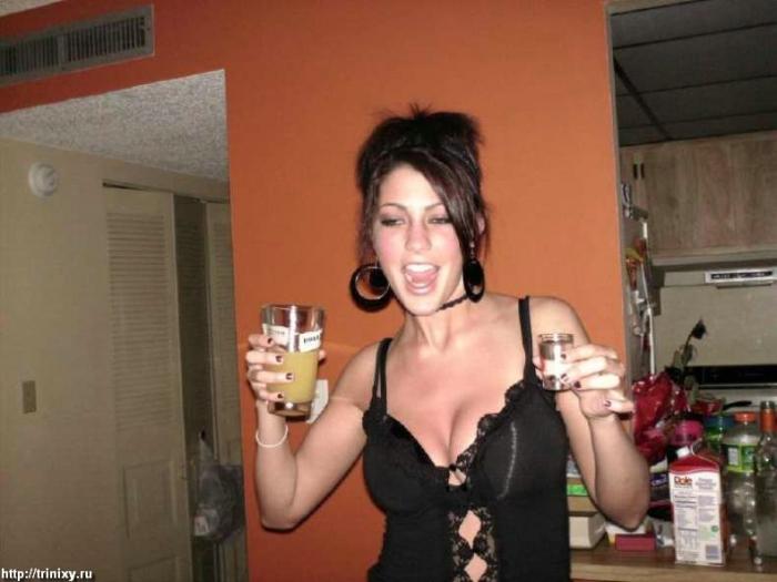 Пьяные девушки (64 фото)