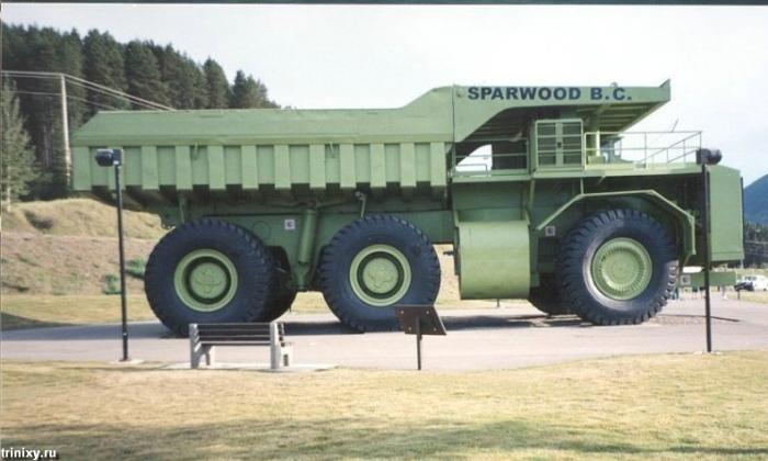 Terex Titan - самый большой грузовик в мире (10 фото)