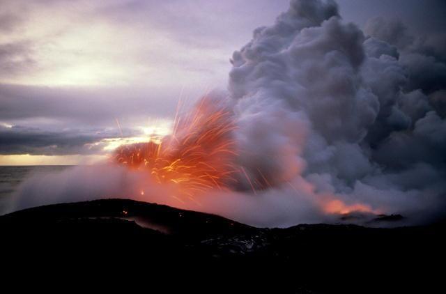 Извержение во рту подборка