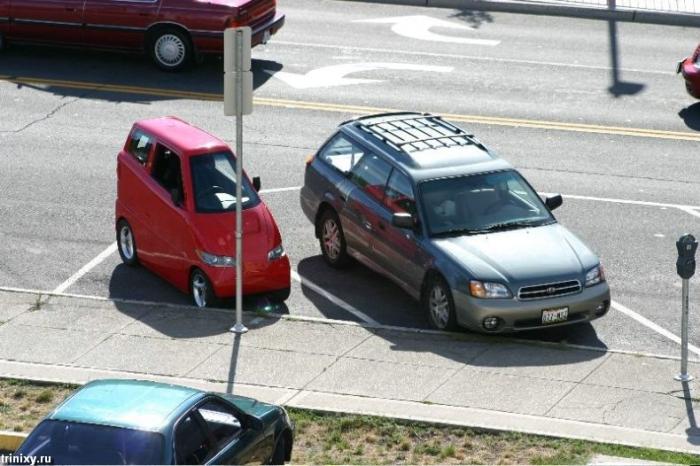 Самый узкий автомобиль в мире (5 фото)