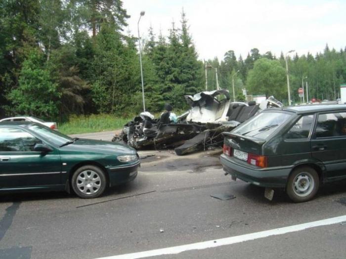 Страшная авария на Минском шоссе (23 фото)