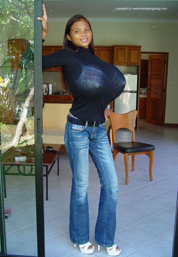 Девушки с гигантской грудью (45 фото) БЕЗ НЮ