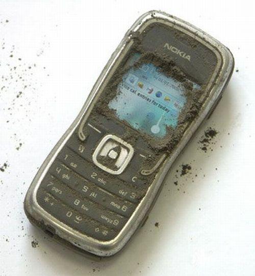 Краш-тест Nokia 5500 Sport (11 фото)