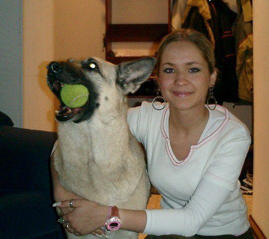 Девушка с силиконовым лицом ДО и ПОСЛЕ (3 фото)