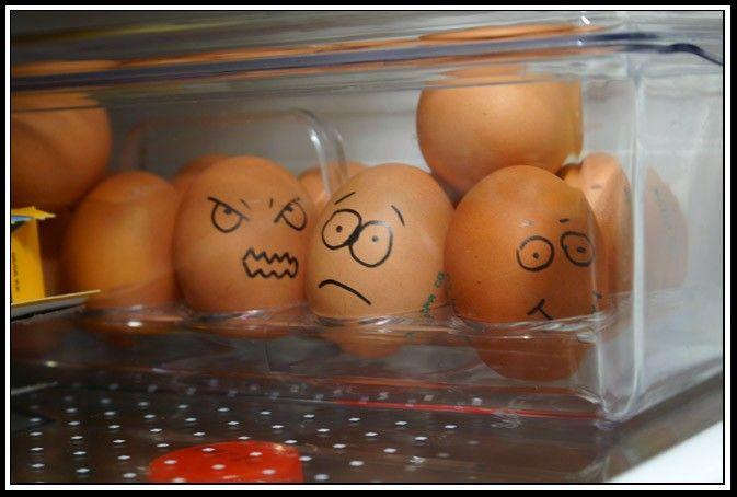 Пасха прикольные картинки а твои яйца счастливы