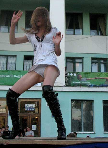 Дикие танцы (13 фото)