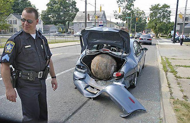 Опасный шар (7 фото)