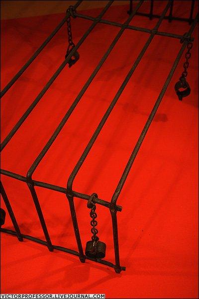 Oрудия пыток XIV-XIXв (24 фото)