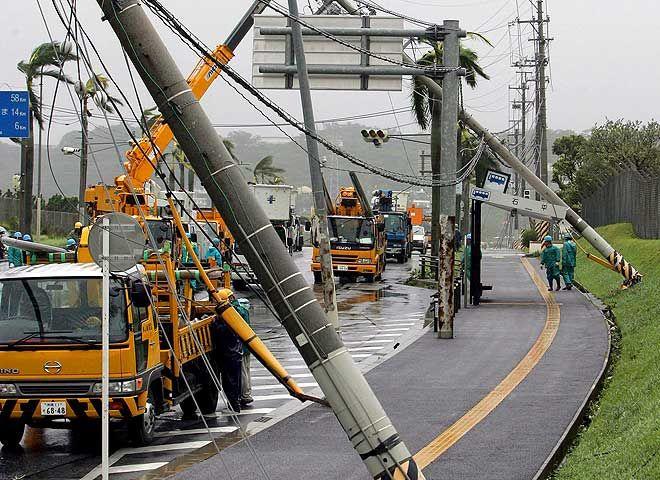 Тайфун Man-Yi в Японии (10 фото)