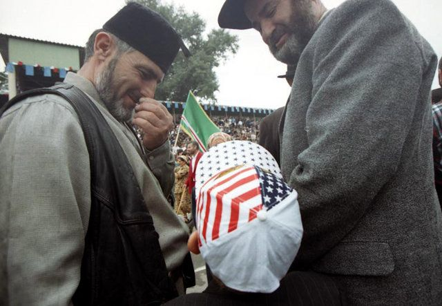 "Чечня: ""Здешние"" (52 фото)"