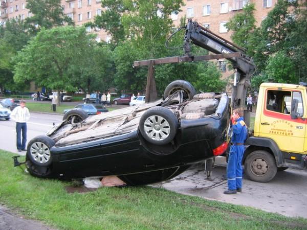 Подъем Audi A4 из Москва-реки (12 фото)