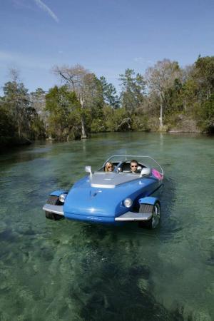 Automobile- amphibian (6 photos)