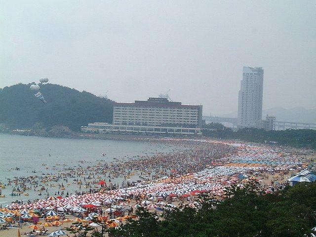 Пляж на 2.000.000 человек (4 картинки)