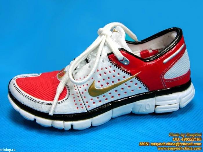 Удивительные кроссовки (7 фото)