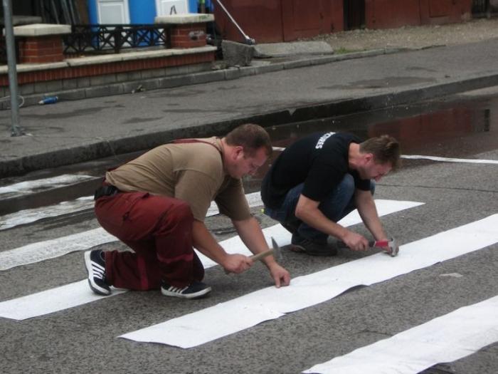 Что делать, если надо нарисовать зебру, но закончилась краска?