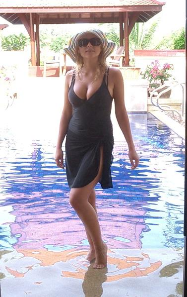 Ксюша Новикова из Блестящих на Бали (25 фото)