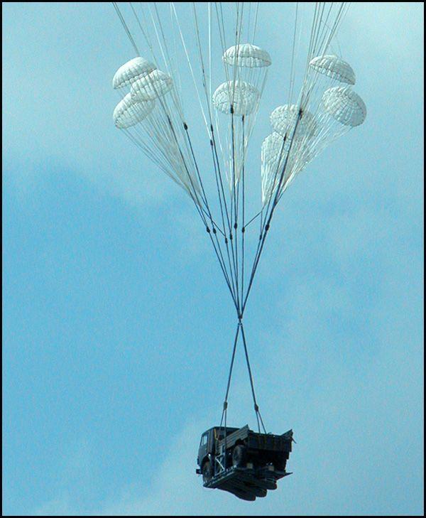 Летающий Камаз (8 фото)