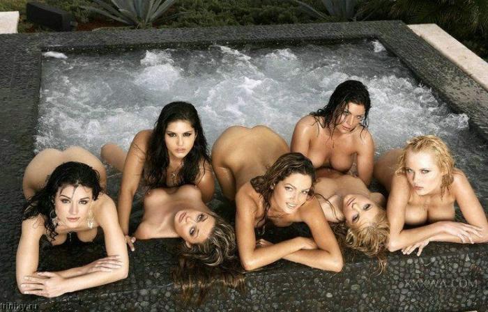 Полносью голые женьщины драка видео бдсм