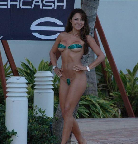 Конкурс Silvercash Bikini Contest 2007 (63 фото)