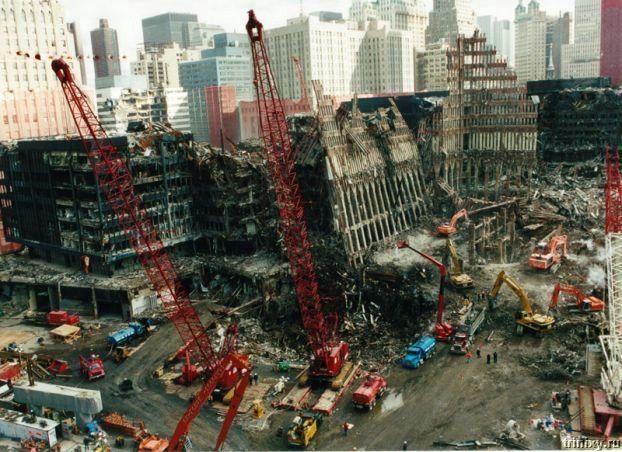 Теракт 9/11. ВТЦ. Нью Йорк (13 фото + хроника событий + 2 видео)