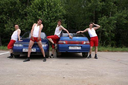 Мальчики вместо девочек. Ребята классно отожгли )) (32 фото)